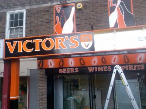 Victor's Liquors, Sale, Manchester